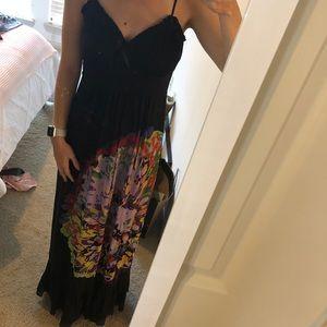 Kensie Dresses - Kenzie black/floral maxi dress. Size small.